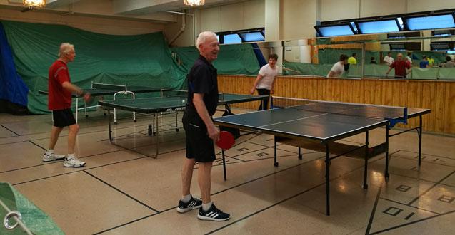 activites-aines-maison-le-reveil-ping-pong
